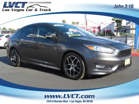 Pre-Owned 2016 FORD FOCUS SE  4DR