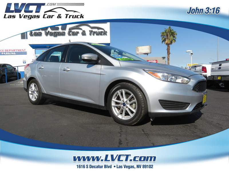Pre-Owned 2015 FORD FOCUS SE  4DR